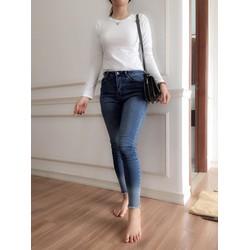 Áo thun nữ dài tay màu trắng Cotton cao cấp