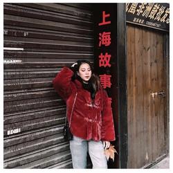 áo khoác lông đỏ