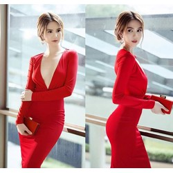 Đầm Ngọc Trinh body kiểu áo tay dài xẻ ngực