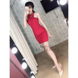 Đầm body dập ly cổ yếm cực đẹp