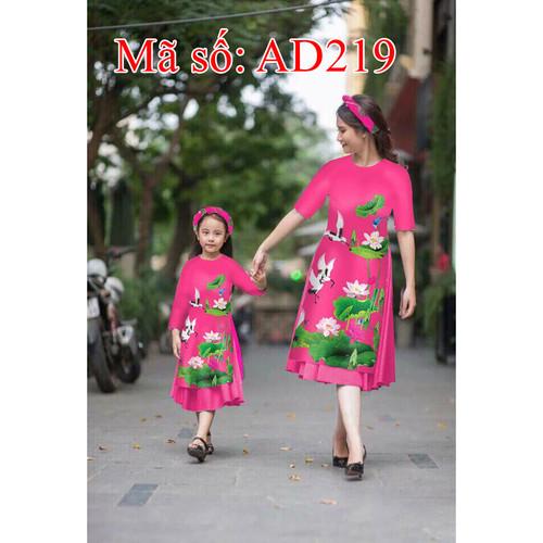 Set áo dài cách tân mẹ và bé gấm họa tiết hoa sen hồng kèm váy AD219 - 5172137 , 8509201 , 15_8509201 , 690000 , Set-ao-dai-cach-tan-me-va-be-gam-hoa-tiet-hoa-sen-hong-kem-vay-AD219-15_8509201 , sendo.vn , Set áo dài cách tân mẹ và bé gấm họa tiết hoa sen hồng kèm váy AD219