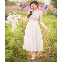 Đầm phối ren hoa yếm thoi trang gia re