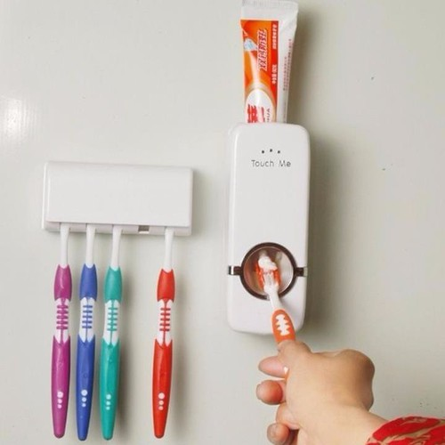 Dụng cụ nhả kem đánh răng tự động Touch me kèm giá để bàn chải