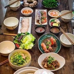 Toàn menu đặc sản món ngon Miền Trung tại Cô Quyên Xứ Quảng