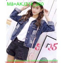 Áo khoác jean nữ rách túi to kiểu bụi bặm cá tính AKJ214