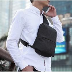 Túi đeo chéo nam thời trang Kaka