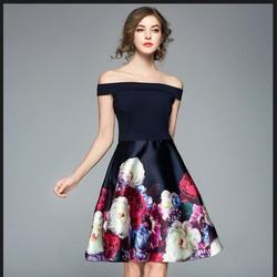 Đầm xòe bẹt vai họa tiết in hoa