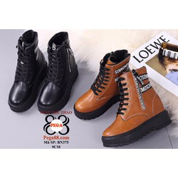 Giày boot nữ  sành điệu