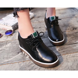 Giày sneaker nữ độn trong 7p da cao cấp siêu mềm 2 màu đen trắng