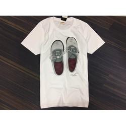 Áo thun nam in hình đôi giày