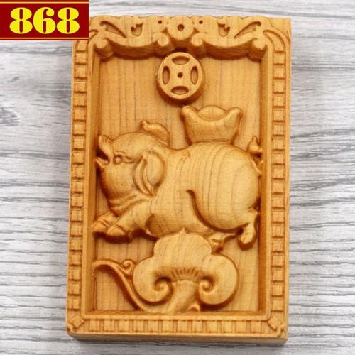 Mặt 12 giáp tuổi Hợi gỗ hoàng đàn 6 cm