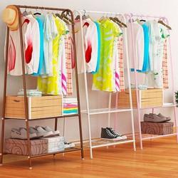 Giá treo quần áo chữa A