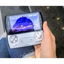 Điện thoại Sony.Xperia Play R800i, có phím chơi game chuyên dụng
