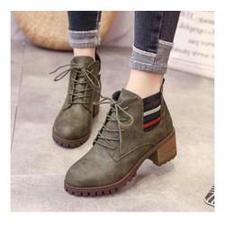 giày boot nữ thắt dây