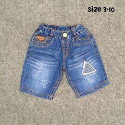 Quần sọt jeans bé trai đắp tam giác
