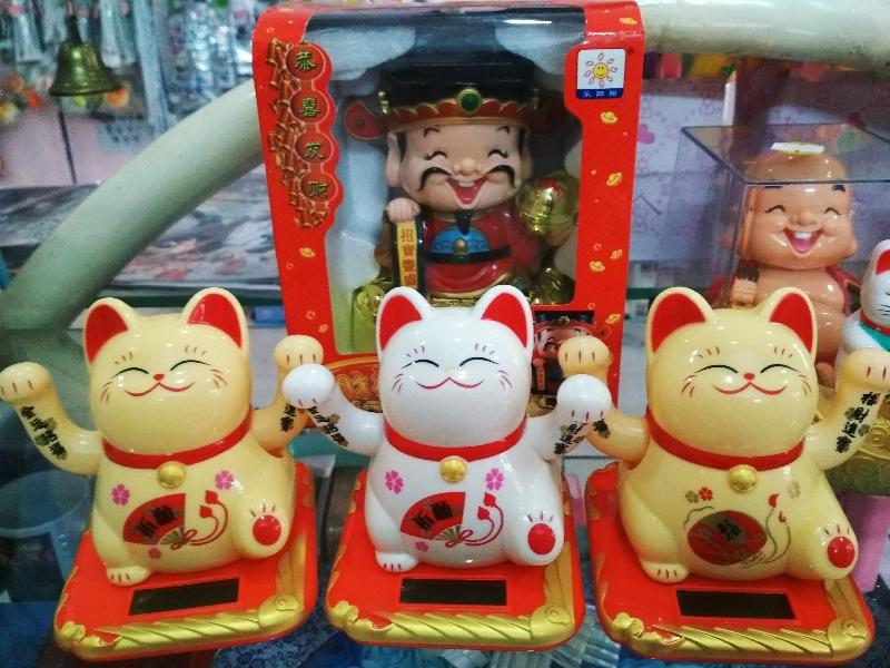 Mèo Thần Tài Vẫy Cả 2 Tay 3