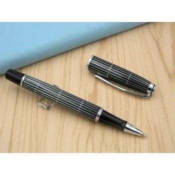 Bút ký viết mực gel sọc caro trắng đen-Baoer 717 - B-717