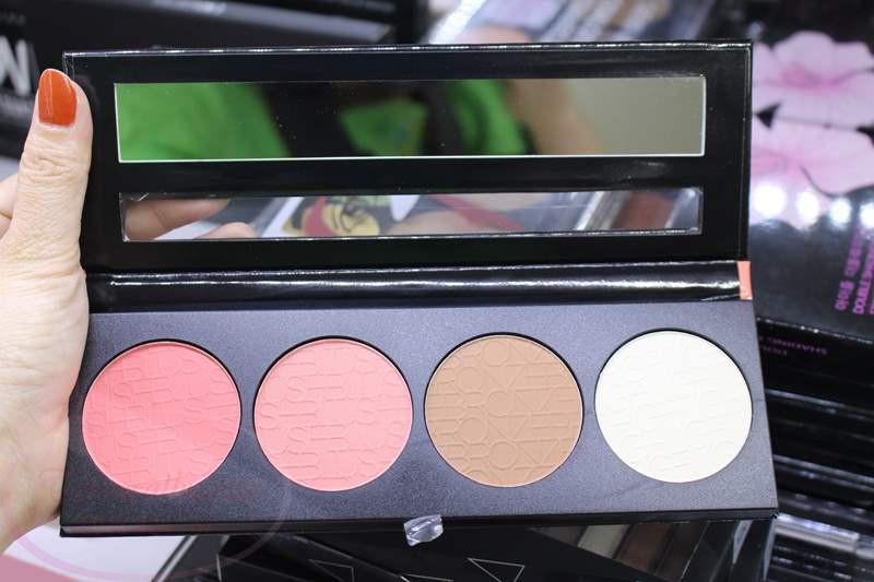 Phấn má hồng và tạo khối L.A Girl Beauty Brick Blush Collec 8