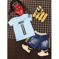 Set áo thun quần sọt jean cho bé trai
