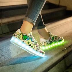 Giày phát sáng đèn led 7 màu cực đẹp, thời trang cho nữ