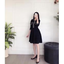 Đầm xoè viền ren