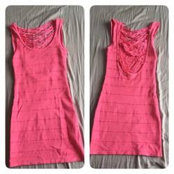 Đầm ôm hồng lưng hở sexy