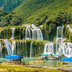 Thác Bản Giốc-Động Ngườm Ngao-Hồ Núi Cốc 3N2Đ