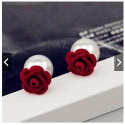 bông tai hoa hồng đỏ D I O R style