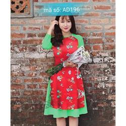 Set áo dài cách tân đỏ kèm váy họa tiết hoa phối tay xanh họa tiết