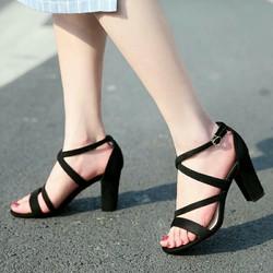 Giày cao gót 7 phân đế vuông quai chéo 3 dây giá rẻ