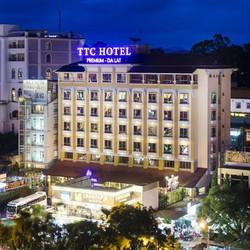 Khách sạn TTC Premium Đà Lạt 4 sao sát chợ Đà Lạtbuffet sao