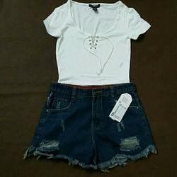 Sét áo croptop và quần short jean