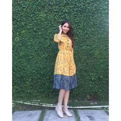 Đầm xoè kiểu tay dài cổ lá sen dễ thương