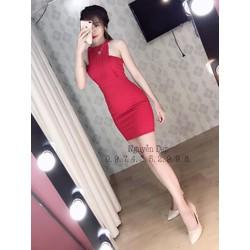 Đầm body cổ xếp ly y hình