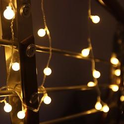 Dây đèn led trang trí ánh sáng vàng  độc đáo
