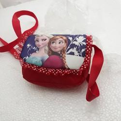 Túi đeo chéo in hình công chúa ELSA và ANNA rất điệu cho các bé gái