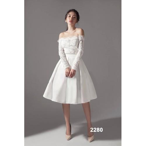 Đầm xòe trắng phối ren tay dài
