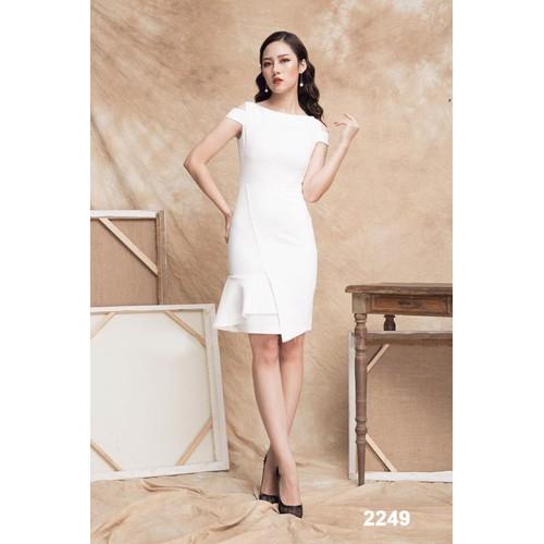 Đầm body trắng dự tiệc