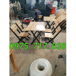 Bàn ghế gỗ quán ăn giá rẻ