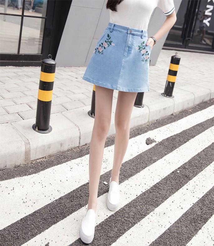 chân váy jean thêu hoa TB0507 7