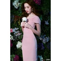 Đầm body hồng thiết kế chéo vai