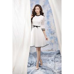 Đầm trắng lưới bi dễ thương