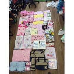 Set đồ sơ sinh đầy đủ cho mẹ và bé