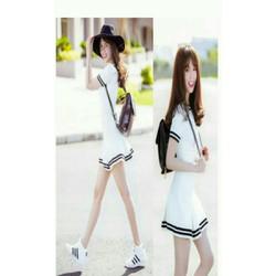Đầm xoè trắng thuỷ thủ