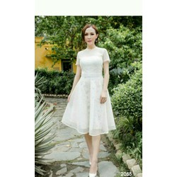Đầm xoè trắng phối lưới