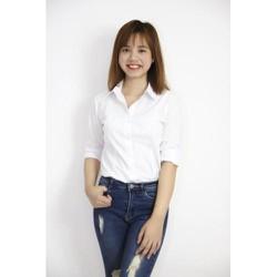 áo sơ mi trắng đơn giản