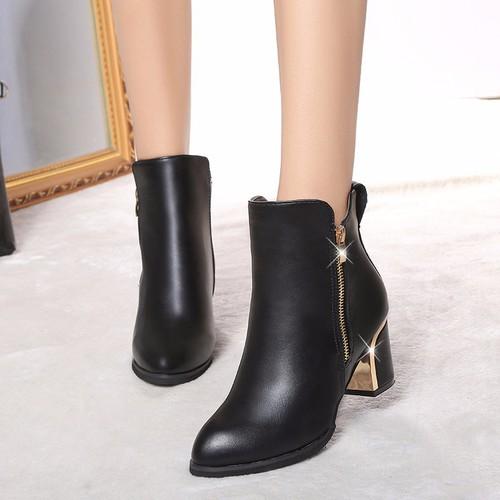 Giày boot nữ cổ thấp sang chảnh - 5290567 , 8790033 , 15_8790033 , 350000 , Giay-boot-nu-co-thap-sang-chanh-15_8790033 , sendo.vn , Giày boot nữ cổ thấp sang chảnh
