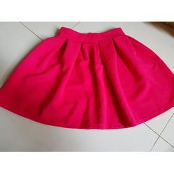 chân váy hồng
