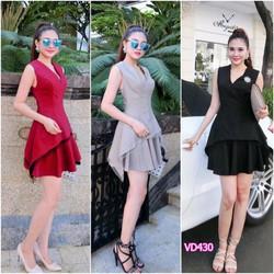 Set áo tà xéo chân váy xòe Bạch Nguyễn