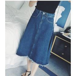 Chân váy jean xòe dài rách lai